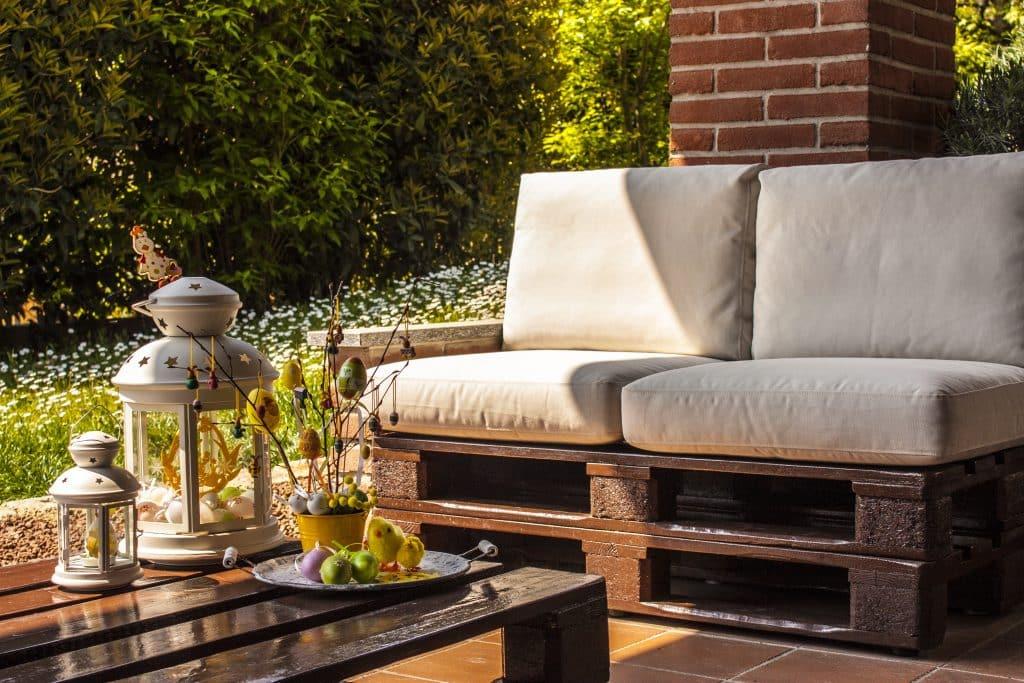 salon de jardin en palettes moderne intérêt