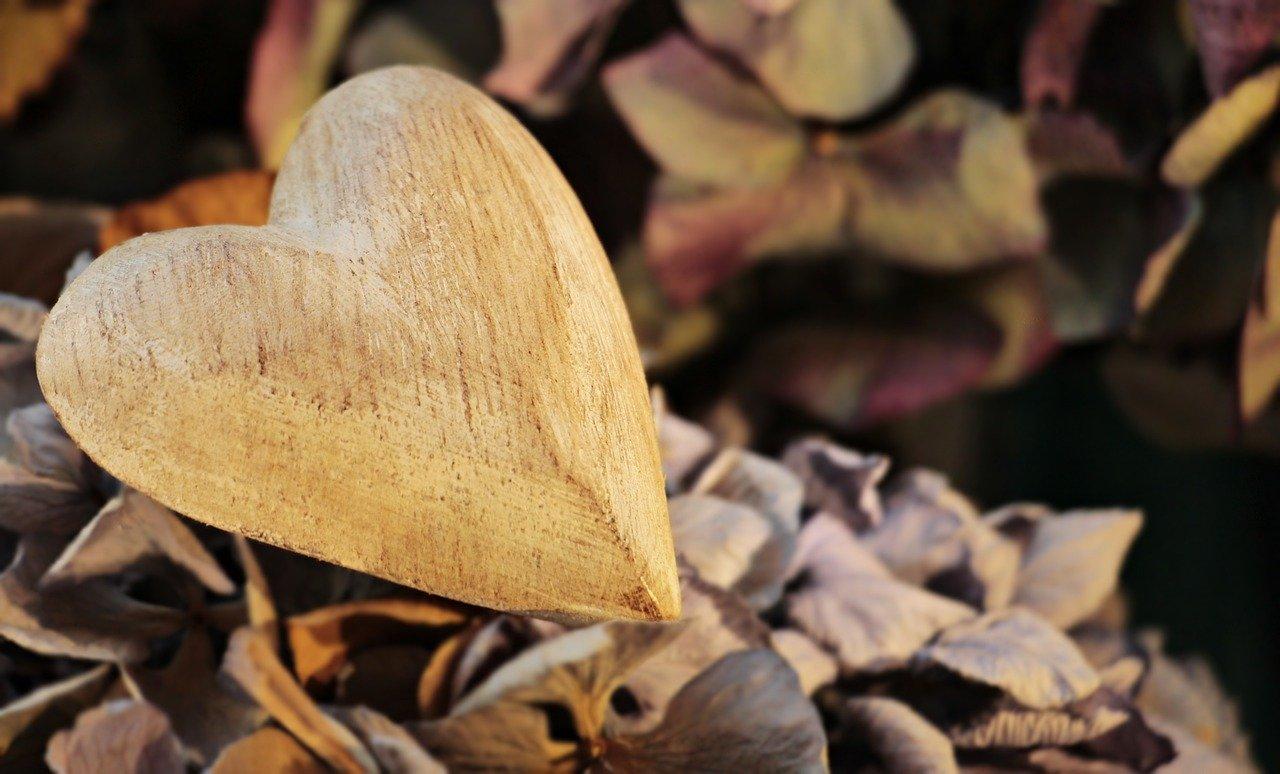 faire du bois brut un objet de déco