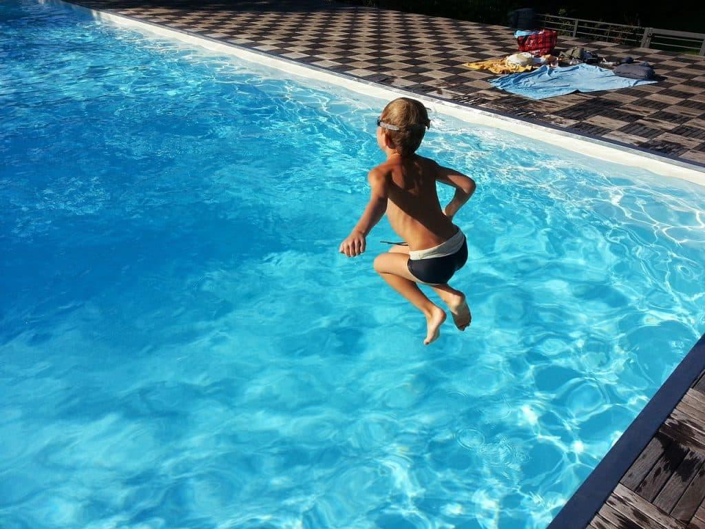 pourquoi maintenir pH idéal pour sa piscine