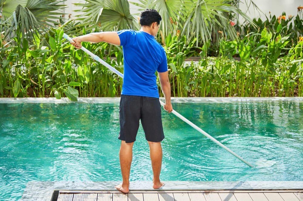 entretien piscine quand le faire