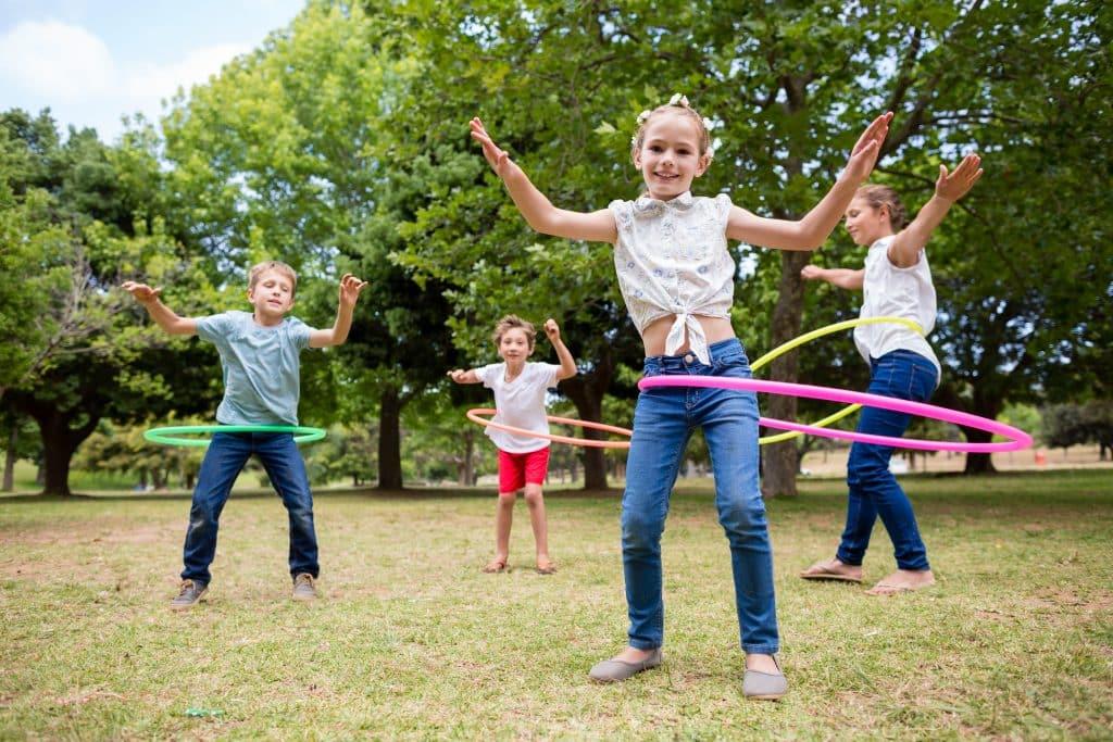 jeux extérieurs hula hoop