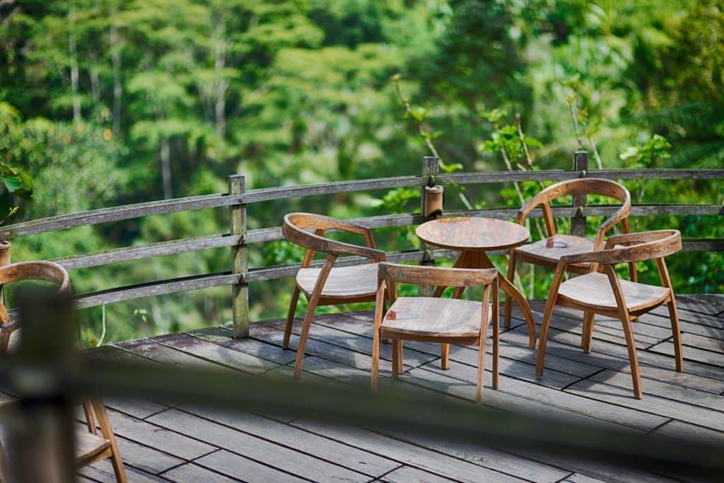 agencez les meubles pour aménager une sublime terrasse